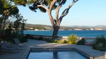 Villa des Tours à cassis : la piscine